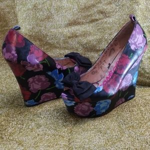 Betseyville peep toe bow wedge high heel 6M floral